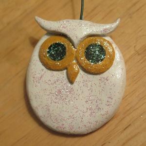 Sparkly white owl Christmas ornament